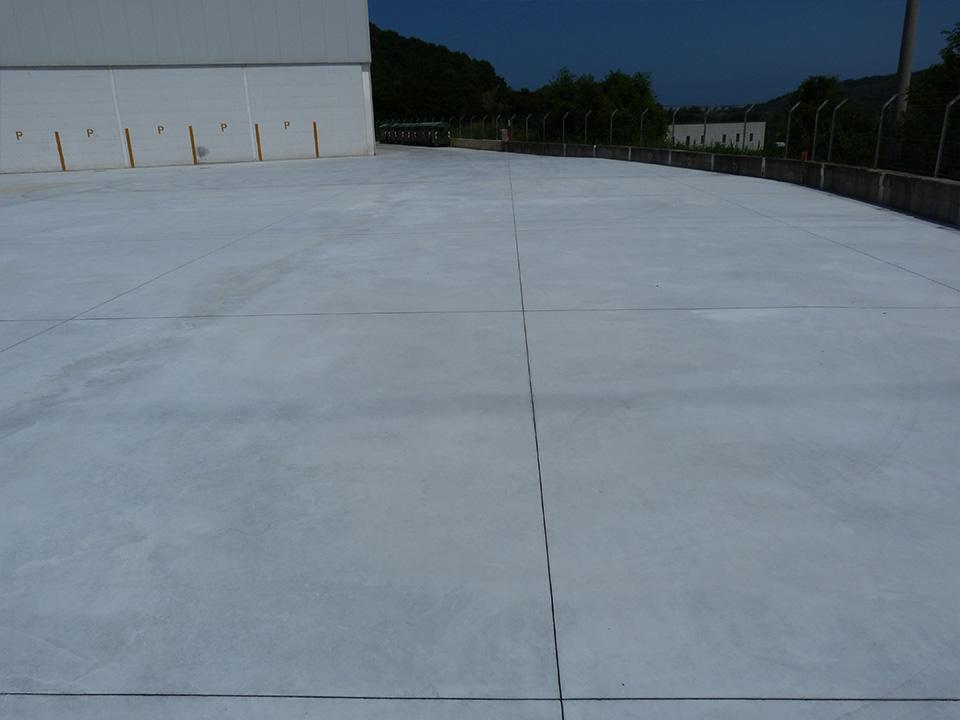 Pavimento Industriale In Cemento.Edilcrosta Esperti In Pavimentazioni